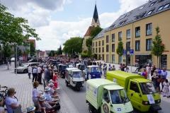 Auch Fahrzeuge begeisterten bei der Parade zur Feier der Stadterhebung, ...