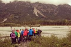 Am Nachmittag machten sich einige Hartgesottene, dem grauen Regenwetter trotzend, doch noch auf zu einer spontan ausgesuchten Rundwanderung entlang des Lechs.