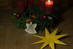Fertig! Ein schöner Weihnachtsstern und ein Engelchen
