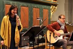 Luise und Michi Treupel beim Gesang