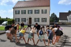 Viel Platz zum Spielen bot der Kirchplatz.