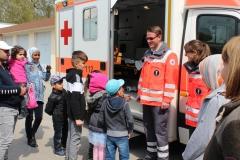 Am zweiten Samstag durfte der Kurs zuerst zum Roten Kreuz.
